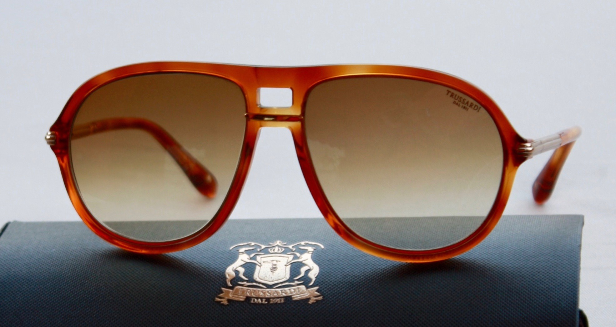 occhiali da sole sunglasses trussardi